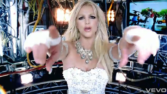 Britney-hold-it-against me
